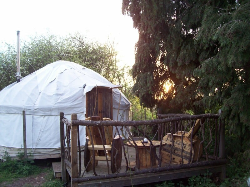 barn-owl-yurt-deck-sunset-e1485518584734