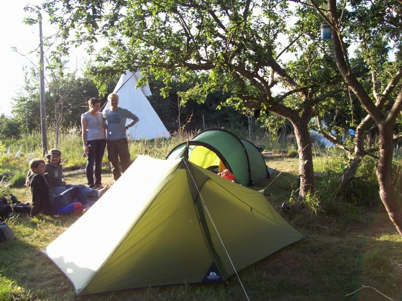 tiny tents apple pitch people sunweb